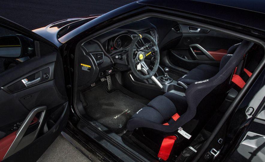 Hyundai Veloster Turbo Blood Type Racing concept - Slide 14