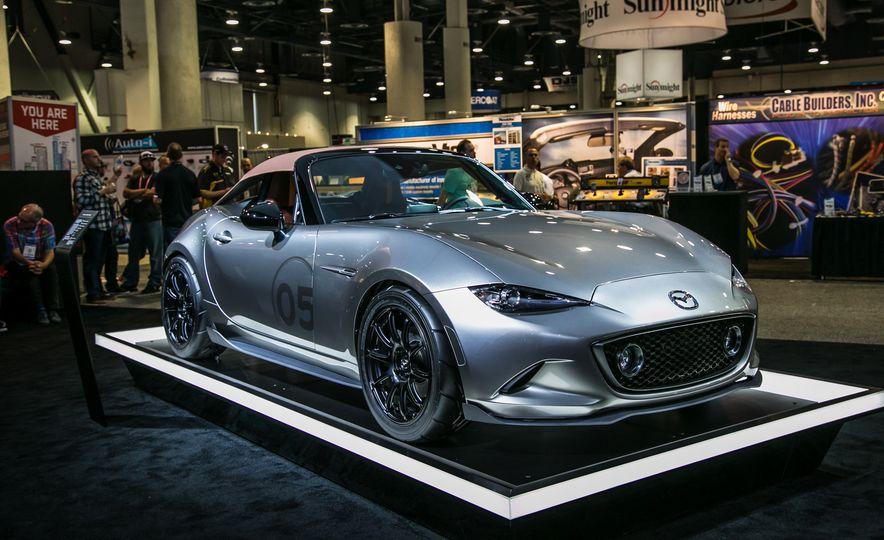 Mazda Miata Spyder Concept - Slide 1