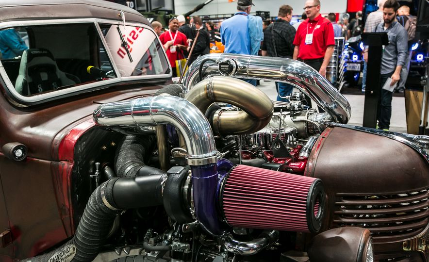 The Very Best Rides of SEMA 2015, Day Two - Slide 18
