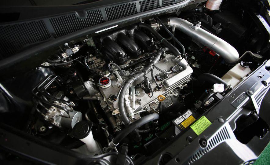 Toyota Sienna R-Tuned concept - Slide 20