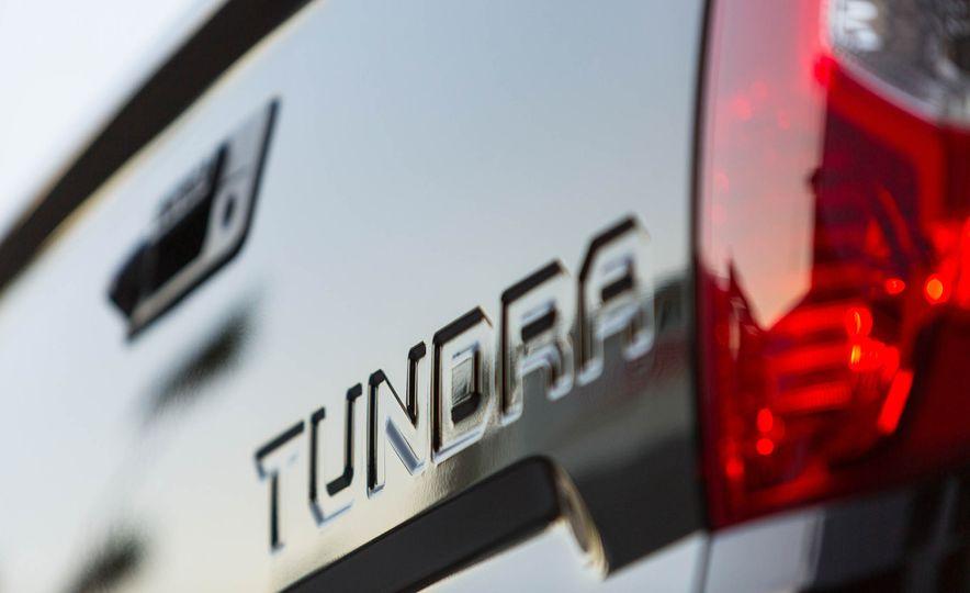 Toyota Tundrasine concept - Slide 11