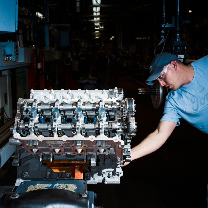 The Voodoo That They Do: Building the Ford Mustang Shelby GT350's Engine - Slide 6