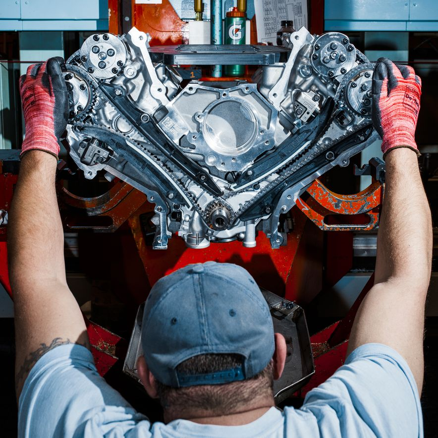 The Voodoo That They Do: Building the Ford Mustang Shelby GT350's Engine - Slide 7