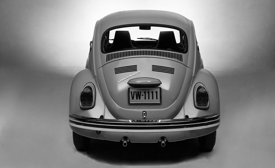 The Bug's Life: A History of the Volkswagen Beetle - Slide 21