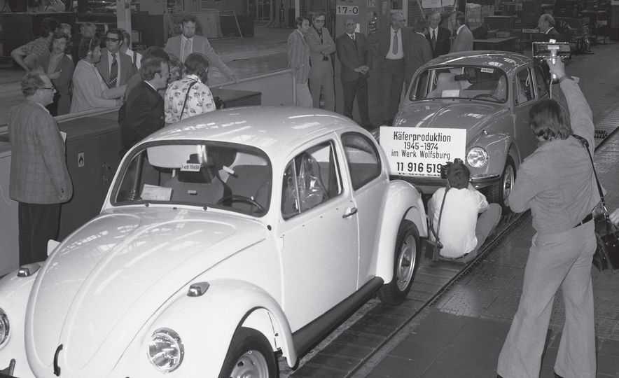 The Bug's Life: A History of the Volkswagen Beetle - Slide 25