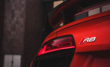 Audi R8 Entry Model Will Get Twin-Turbo V-6