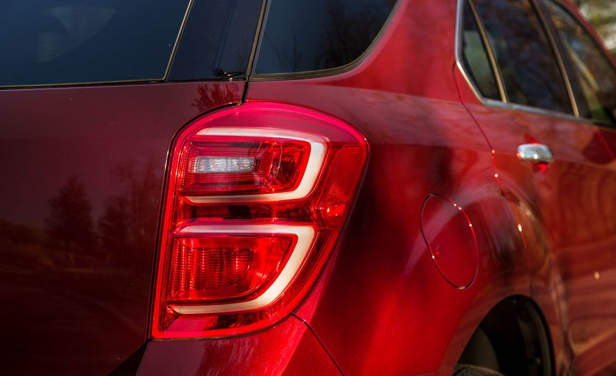2016 Chevrolet Equinox LTZ - Slide 20