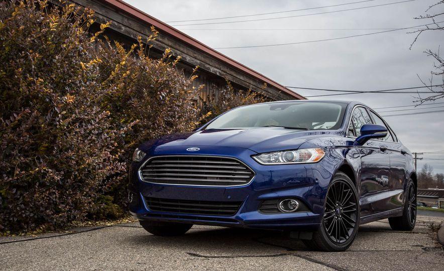 2016 Ford Fusion SE - Slide 6
