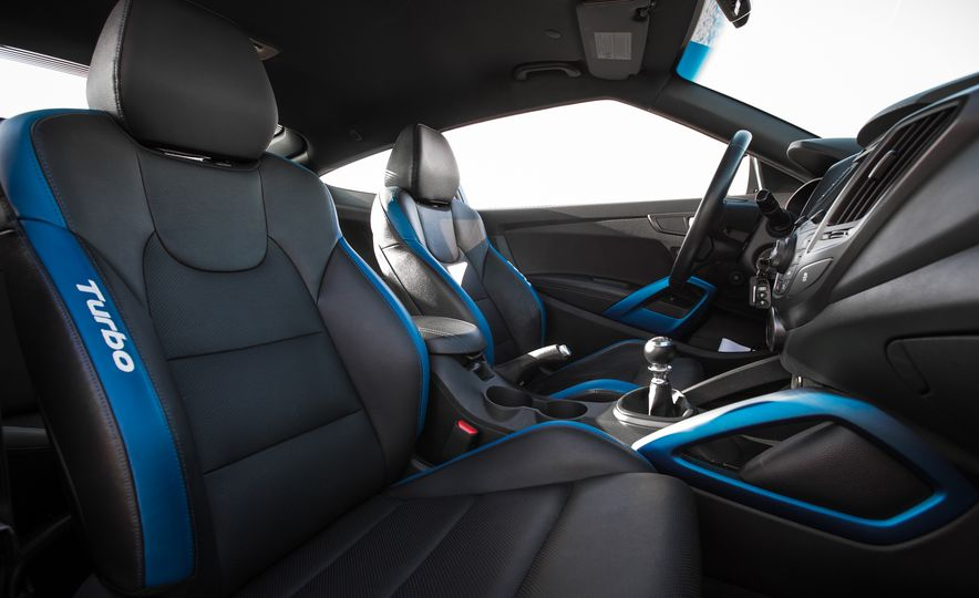 2016 Hyundai Veloster Turbo Rally Edition - Slide 31