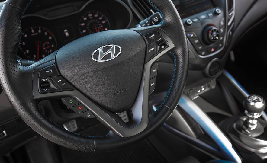 2016 Hyundai Veloster Turbo Rally Edition - Slide 34