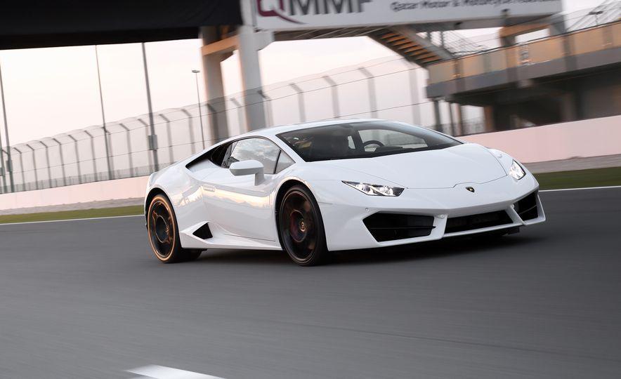 2016 Lamborghini Huracán LP580-2 - Slide 17