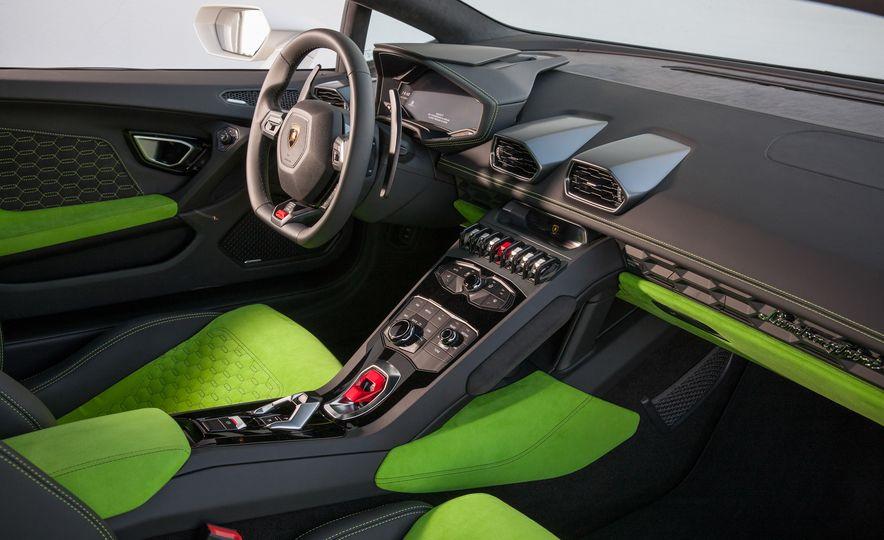 2016 Lamborghini Huracán LP580-2 - Slide 28