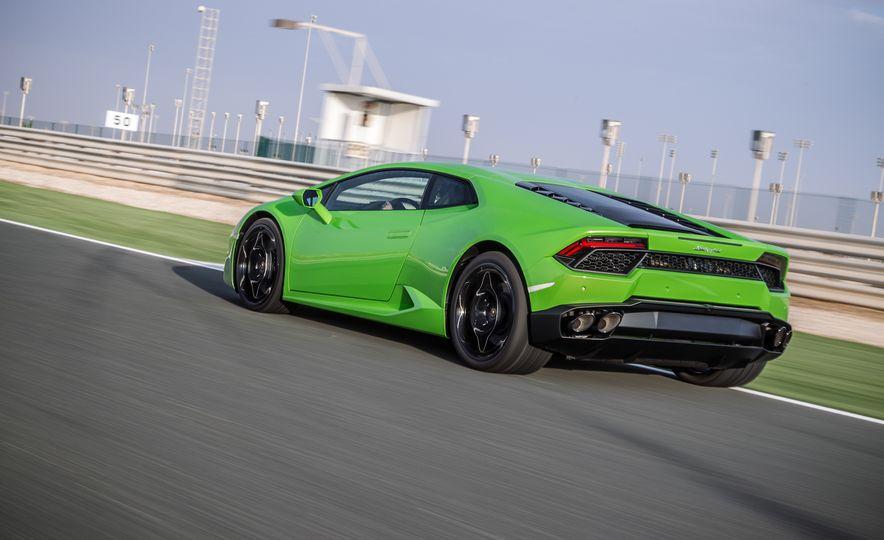 2016 Lamborghini Huracán LP580-2 - Slide 36
