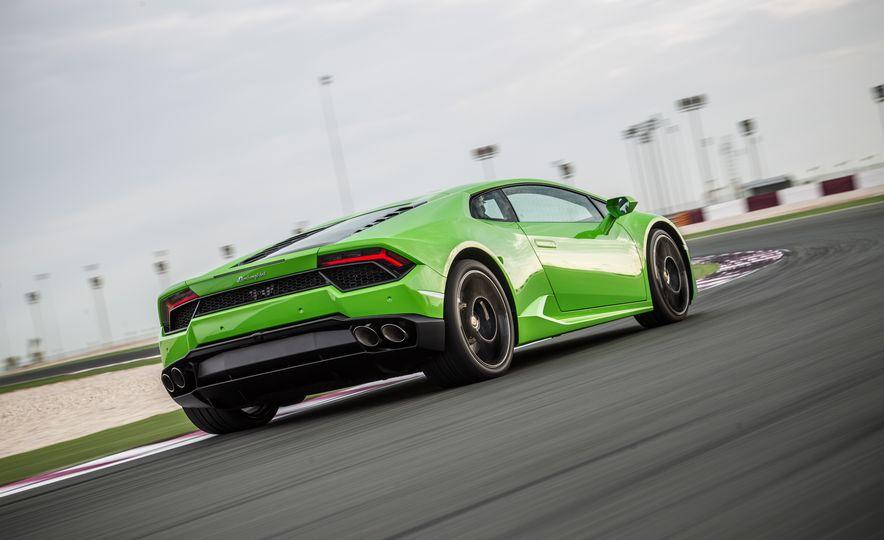 2016 Lamborghini Huracán LP580-2 - Slide 37