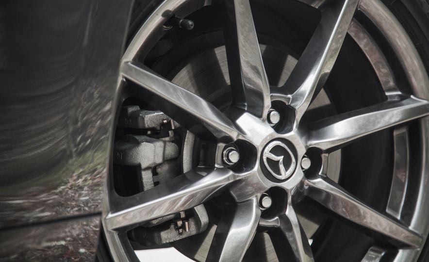 2016 Mazda MX-5 Miata - Slide 21