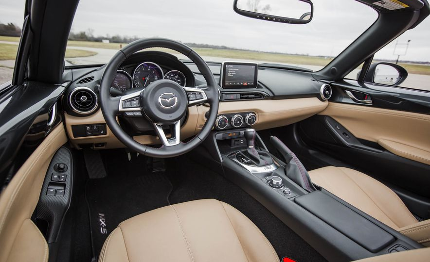 2016 Mazda MX-5 Miata - Slide 26