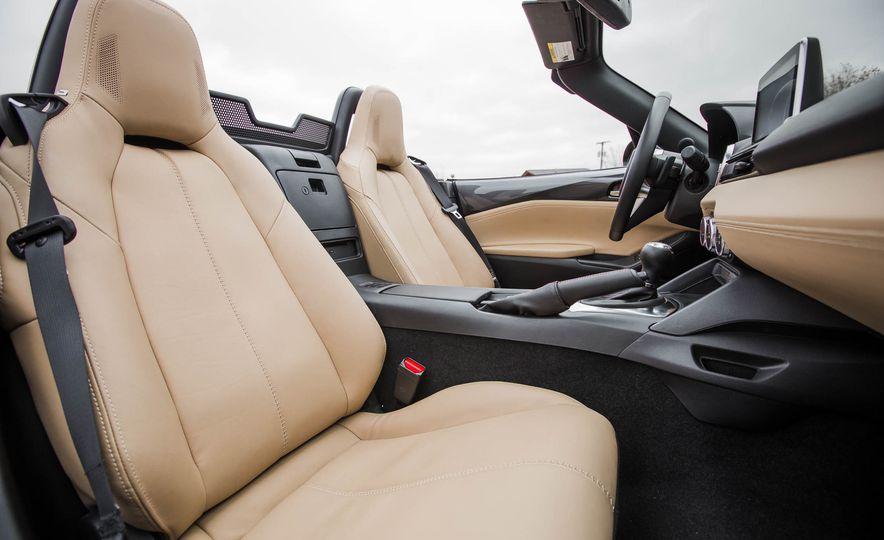 2016 Mazda MX-5 Miata - Slide 29