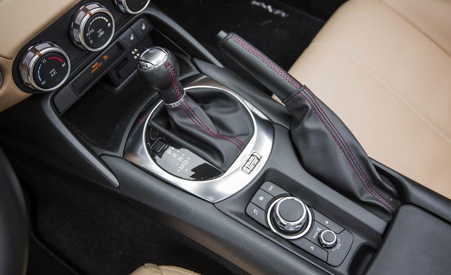 2016 Mazda MX-5 Miata - Slide 35