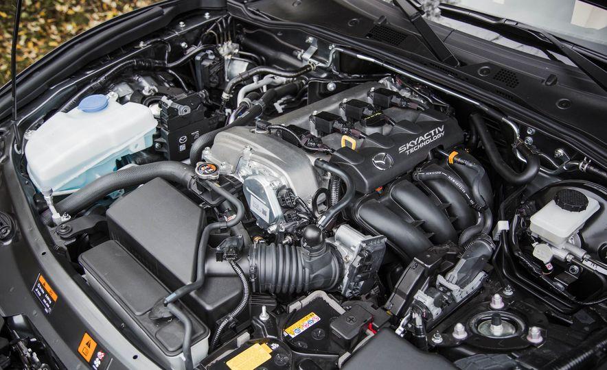 2016 Mazda MX-5 Miata - Slide 40