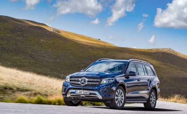 https://hips.hearstapps.com/amv-prod-cad-assets.s3.amazonaws.com/wp-content/uploads/2015/12/2016-Mercedes-Benz-GLS-class-106-626x382.jpg