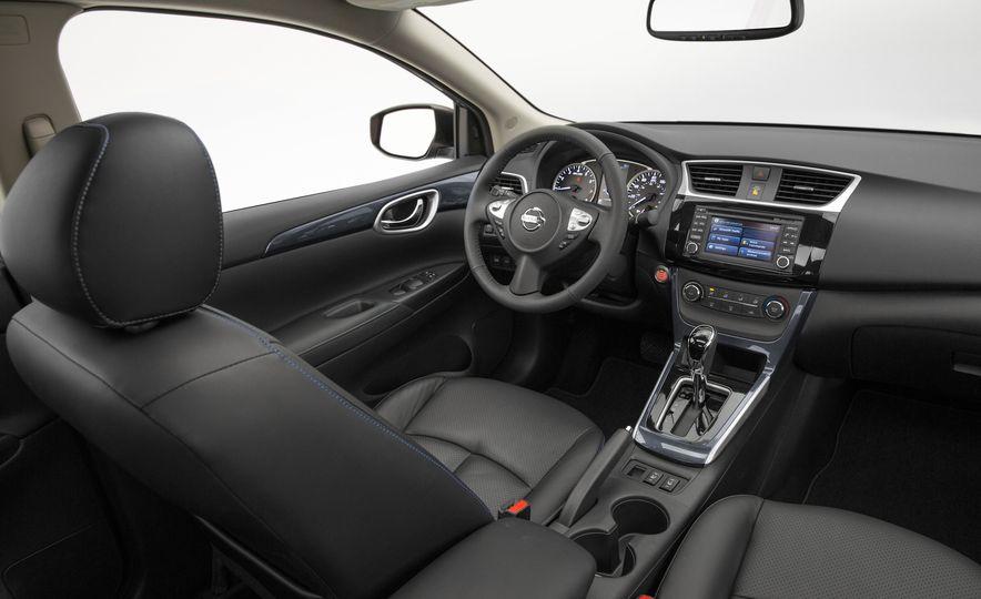 2016 Nissan Sentra - Slide 16