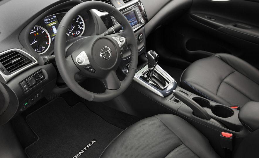 2016 Nissan Sentra - Slide 20