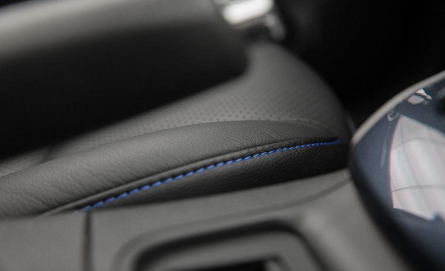 2016 Nissan Sentra - Slide 24