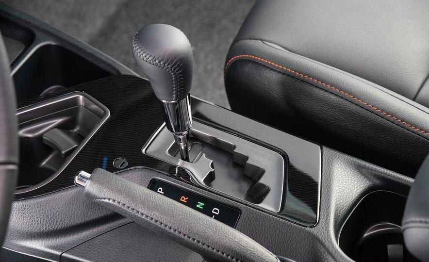 2016 Toyota RAV4 SE - Slide 24