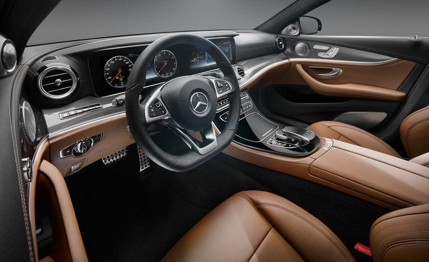 2017 Mercedes-Benz E-class - Slide 1