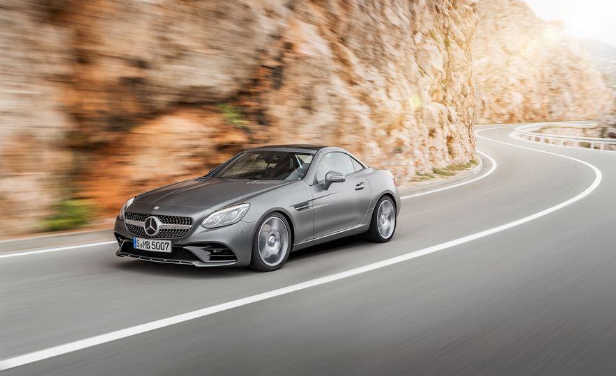 2017 Mercedes-Benz SLC - Slide 17