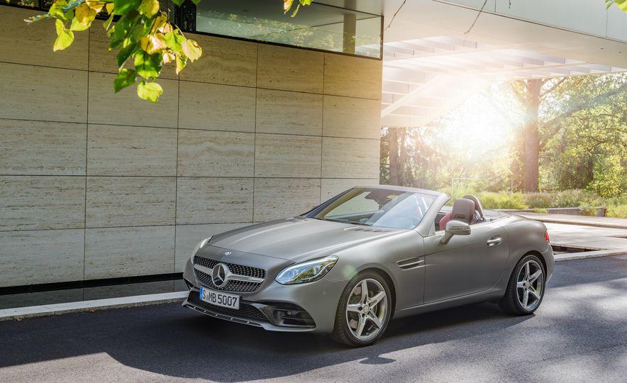 2017 Mercedes-Benz SLC - Slide 18