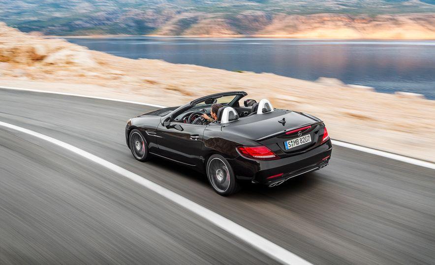 2017 Mercedes-Benz SLC - Slide 47