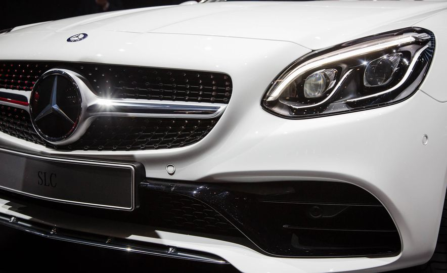 2017 Mercedes-Benz SLC - Slide 3