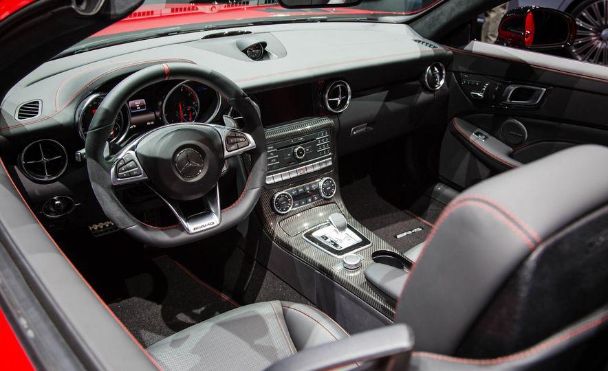 2017 Mercedes-Benz SLC - Slide 11