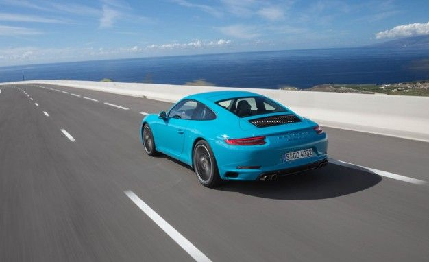 Porsche Stays Committed to the Flat-Six for the 911