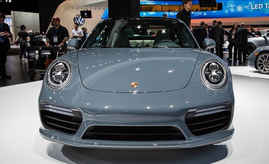 2017 Porsche 911 Turbo - Slide 5
