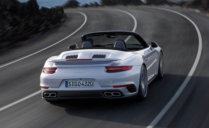 2017 Porsche 911 Turbo - Slide 21