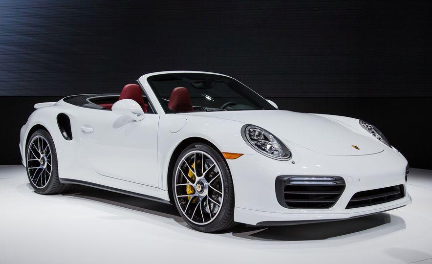 2017 Porsche 911 Turbo - Slide 7