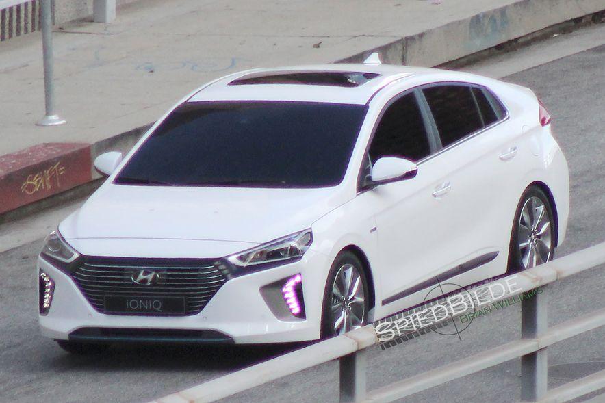 2017 Hyundai Ioniq EV - Slide 5