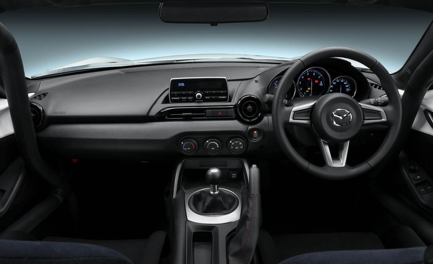 Mazda MX-5 NR-A racing spec concept - Slide 3