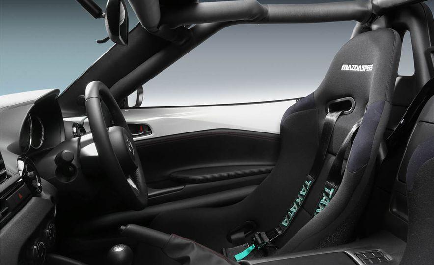 Mazda MX-5 NR-A racing spec concept - Slide 4