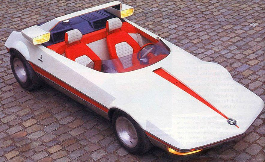 Doorstop Believin': 27 Incredible Concept Cars of the Wedge Era - Slide 11