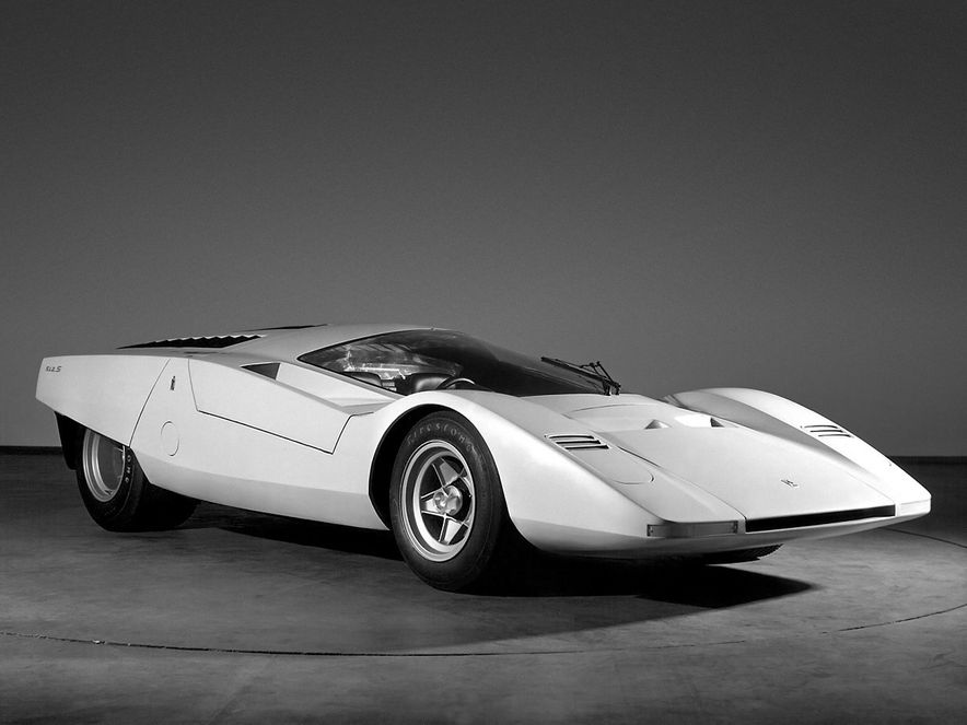 Doorstop Believin': 27 Incredible Concept Cars of the Wedge Era - Slide 10