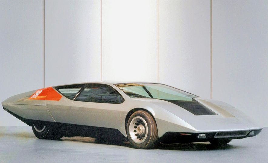 Doorstop Believin': 27 Incredible Concept Cars of the Wedge Era - Slide 16