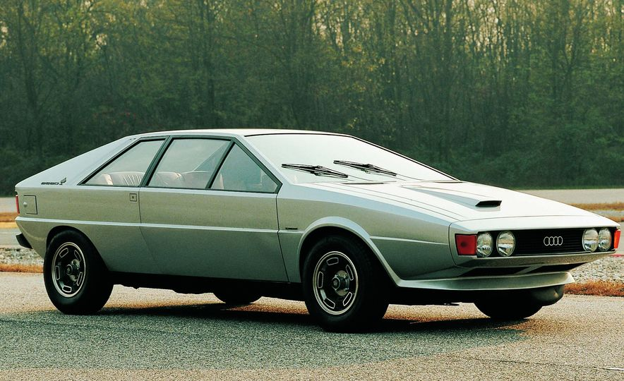 Doorstop Believin': 27 Incredible Concept Cars of the Wedge Era - Slide 24