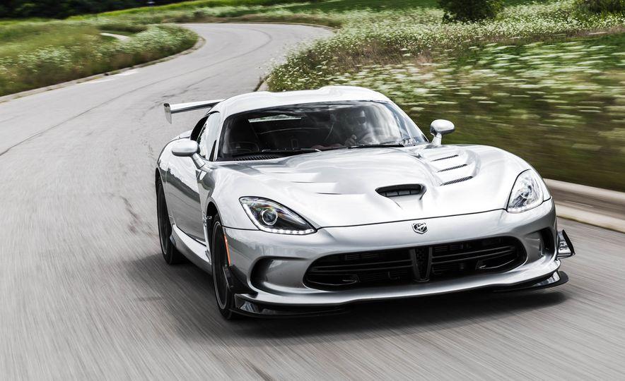 2015 Dodge Viper GT - Slide 2