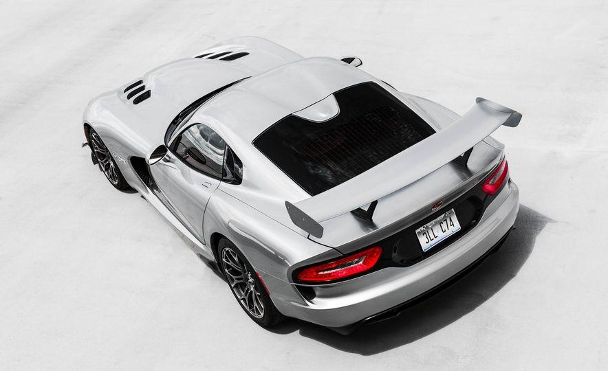 2015 Dodge Viper GT - Slide 11