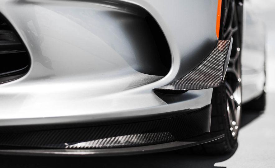 2015 Dodge Viper GT - Slide 21