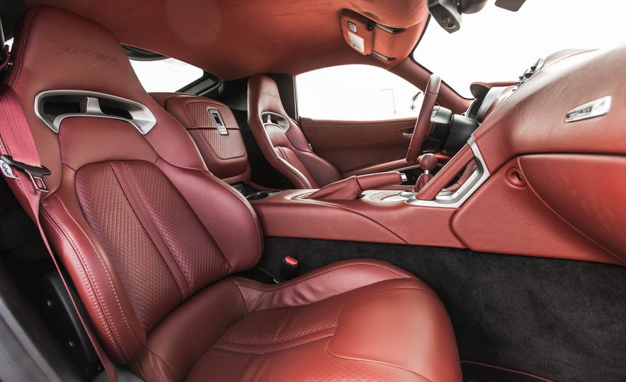 2015 Dodge Viper GT - Slide 28