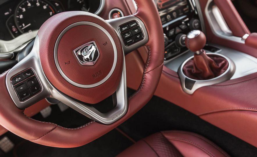 2015 Dodge Viper GT - Slide 30